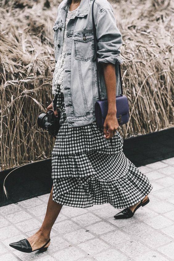Gingham and oversized denim in Hautemommie's color crush of the week!