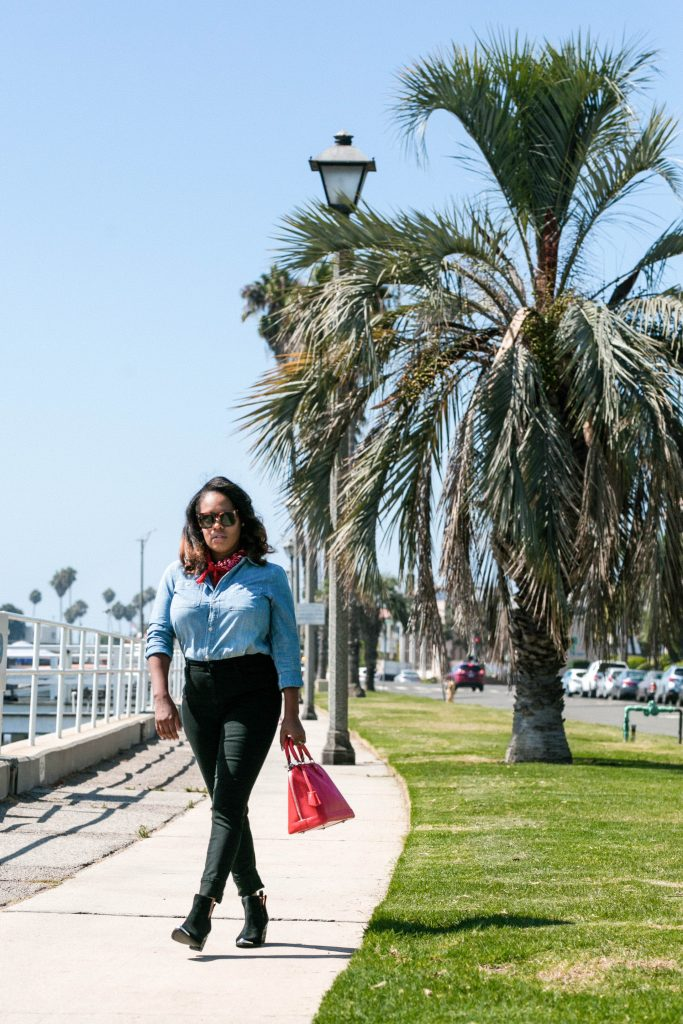 Leslie shares her take on the Western trend. Full look on The Hautemommie.com!