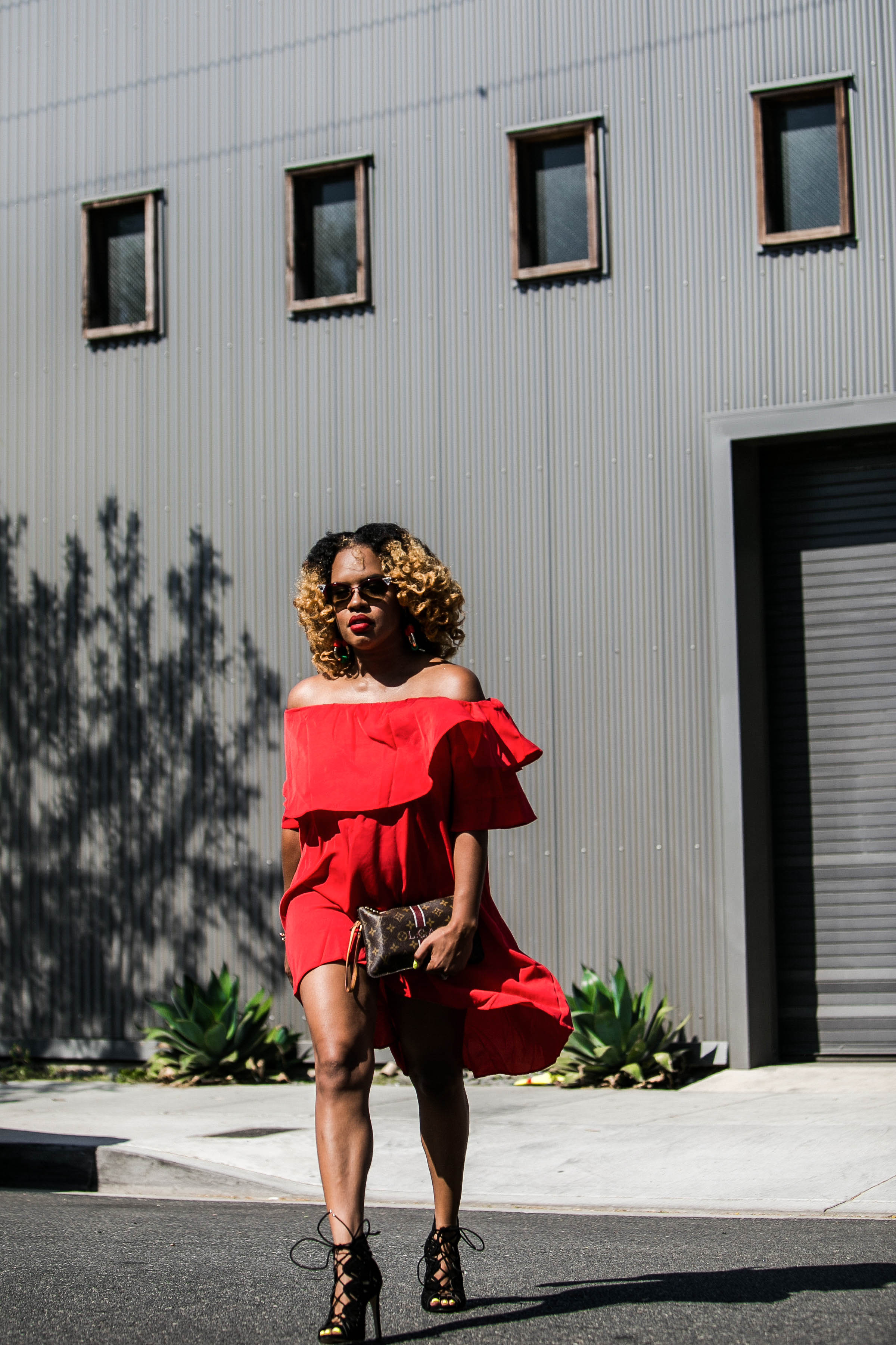 She Inside Red Dress On The Move - https://thehautemommie.com/lady-in-the-red-dress/