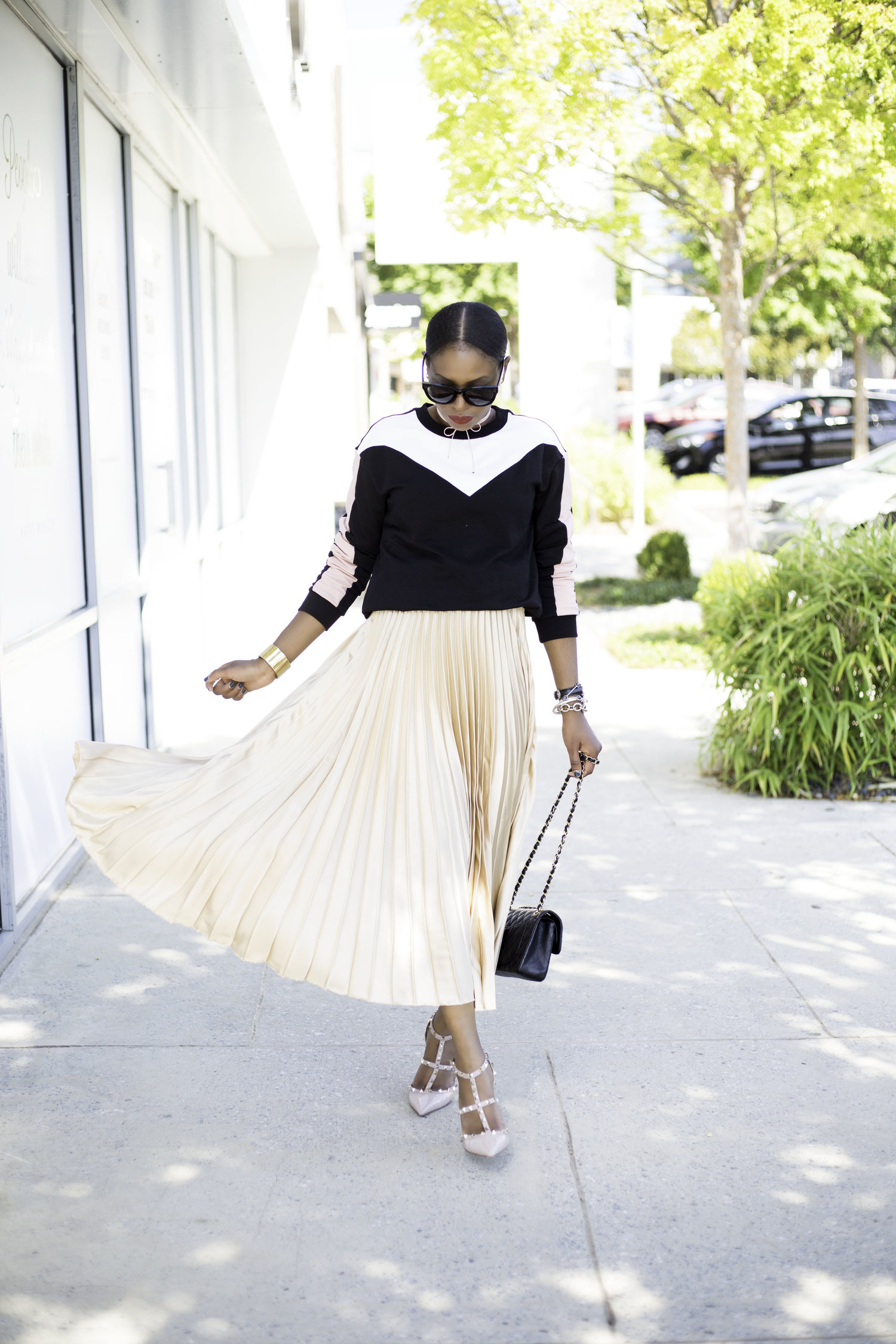 awed-by-monica-pleated-skirt