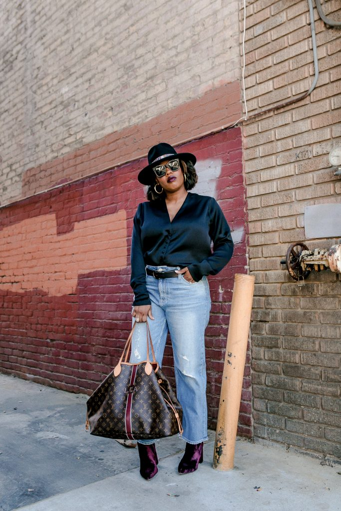 Let Hautemommie show you some elevated basics to take your wardrobe up a notch!