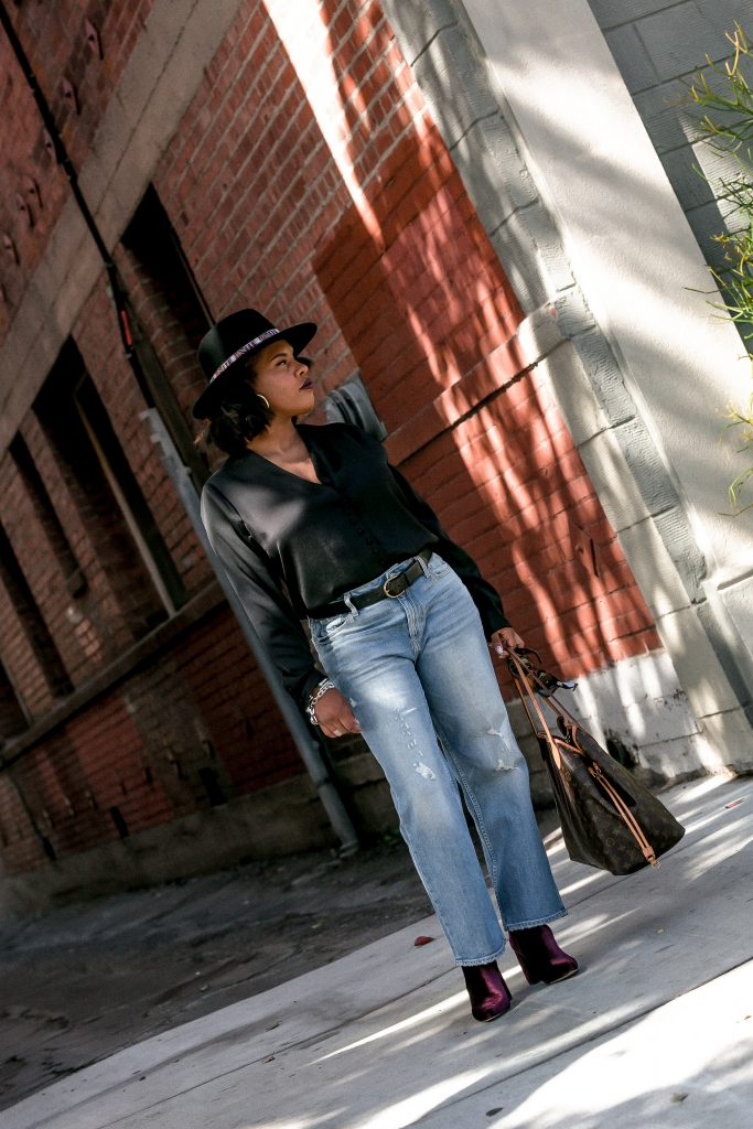 Hautemommie shows readers how to elevate basics in this latest post on TheHautemommie!