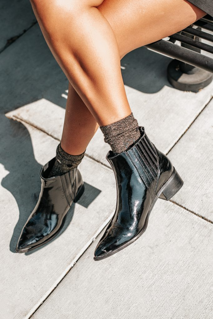 Marc Fisher boots on blogger Leslie Antonoff